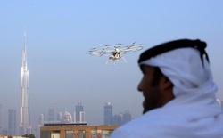 Xe hơi tự lái quá xưa rồi, Dubai đang thử nghiệm cả taxi bay tự lái