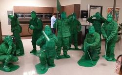 [Vui] Đến hẹn lại lên, đây là những trang phục Halloween gây cười nhất năm nay