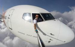 Còn nhớ chàng phi công selfie bên ngoài buồng lái trong khi bay chứ? Bị bóc mẽ quá nhiều, anh ấy xóa ảnh rồi