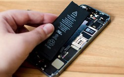 Người dùng nghi ngờ Apple cố tình làm giảm hiệu năng của các iPhone cũ đã chai pin
