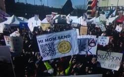 """Tôi đã đối mặt và vượt qua băn khoăn """"Mình mà mua bitcoin sớm thì đã giàu to"""" như thế nào?"""