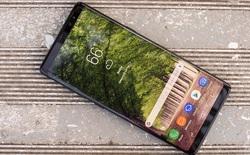Thiếu nguồn cung màn hình tràn viền, giá smartphone 2018 có thể sẽ rất cao