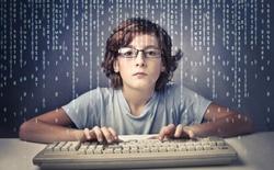 Sinh viên trẻ tung phần mềm gián điệp lây nhiễm 16.000 nạn nhân, lĩnh án 10 năm tù