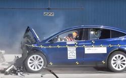 Xem video này để hiểu vì sao Tesla Model X đạt 5 sao trong bài kiểm tra độ an toàn