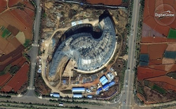 """Những """"thành phố ma"""" đầy tham vọng của Trung Quốc nhìn từ vệ tinh"""