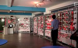 Cùng xem bộ Vĩ Xử Lý nặng nửa tấn giải thích cho bạn về cách thức hoạt động của vi xử lý