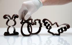 Một cửa hàng sô cô la Bỉ đã dùng robot để tạo hình 3D đẹp đến khó tin