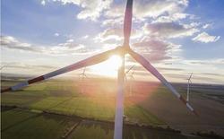 Đức: Giá điện xuống mức âm, nhà cung cấp trả lại tiền cho dân vì năng lượng gió quá dư thừa