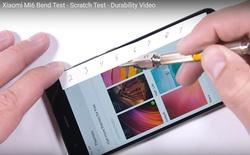"""Xiaomi Mi 6 xuất sắc vượt qua bài test """"hành xác"""" của JerryRigEverything"""