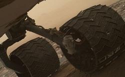 Robot thám hiểm sao Hỏa của NASA sắp hỏng bánh đến nơi