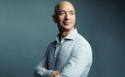 """""""Nghệ thuật lắng nghe chỉ trích"""" giúp Jeff Bezos kiềm chế cảm xúc và gặt hái thành công: Người trẻ cần biết, người trưởng thành nên học hỏi"""