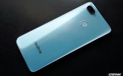 Ảnh thực tế Realme 2 Pro tại Việt Nam: thiết kế giống Oppo F9, chạy Snapdragon 660, RAM 8 GB nhưng giá dưới 7 triệu