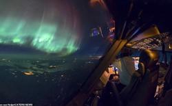 Ngắm không gian làm việc của phi công trong những bức ảnh này xong quay lại nhìn của mình mà thấy buồn...