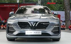 VinFast Lux A2.0 ra mắt Việt Nam, giá từ 1,366 tỷ, hạ sốc còn 800 triệu trong đợt đầu