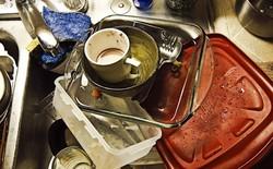 Khoa học chứng minh: Vợ chồng chia sẻ với nhau việc rửa bát sẽ sống hạnh phúc hơn