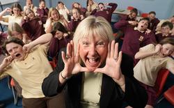 """Tiếng quát to nhất kỷ lục Guinness thuộc về một cô giáo với câu """"TRẬT TỰ"""""""