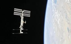Những hình ảnh ấn tượng về trạm vũ trụ ISS nhìn từ bên ngoài sau hơn 20 năm được phóng lên không gian