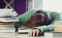 Nghiên cứu khoa học mới cho thấy đi học muộn hơn giúp tăng cường sức khỏe và đạt điểm số cao