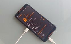 ASUS ROG Phone có thể tự sạc cho chính mình?