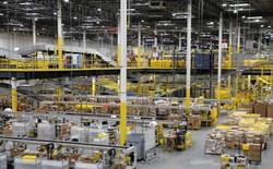 Robot làm rò rỉ thuốc diệt côn trùng, 24 nhân viên Amazon phải nhập viện