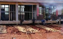 """Bị vào diện giải phóng mặt bằng, bác nông dân Trung Quốc bỏ 1 tỷ """"bê"""" cả cái nhà đi chỗ khác trú"""