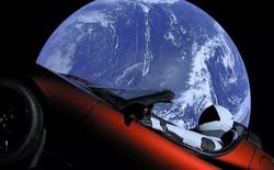 Tesla và SpaceX đã bắt đầu sáp nhập lại với nhau như thế nào sau vụ phóng siêu xe Roadster của tên lửa Falcon Heavy