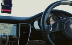 Huawei sử dụng công nghệ AI của Mate 10 Pro để điều khiển xe không người lái
