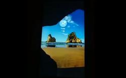 [Video] Hacker đã cài đặt thành công phiên bản hoàn chỉnh của Windows 10 ARM trên smartphone Lumia 950