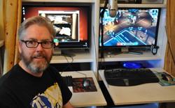 Cha đẻ của Diablo một mình tự làm nên một tựa game mới: từ âm thanh, đồ họa, lập trình cho tới phát hành