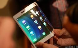 Tại sao chúng ta không nên quá trông chờ những chiếc smartphone màn hình gập?