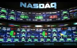 Thứ hai vừa qua quả là một ngày tồi tệ cho cổ phiếu của hàng loạt các công ty công nghệ cao, ngoại trừ hai tân binh này