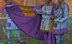 Vì sao màu tím khói luôn được gắn liền với đẳng cấp hoàng tộc