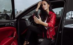 Ngắm nhìn Porsche Design Huawei 20 RS đẹp tuyệt hảo bên bóng hồng và siêu xe