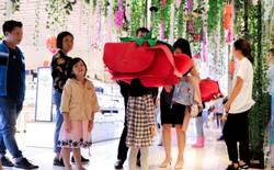 Trải nghiệm công nghệ thực tế ảo thu hút giới trẻ Hà Nội