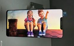 """OPPO R13 tiếp tục lộ ảnh thiết kế màn hình không khác gì iPhone X, có cả """"tai thỏ"""" độc đáo"""