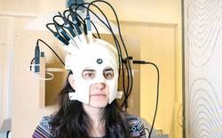 Máy quét não bây giờ cũng chỉ to bằng một cái mũ bảo hiểm mà thôi!