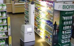 Chuỗi siêu thị Walmart để những con robot tự động chạy quanh các kệ hàng hóa để làm gì?