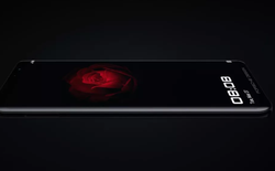 Huawei ra mắt smartphone Porsche Design Mate RS: Thiết kế giống Galaxy S9, cụm ba camera giống P20, hai cảm biến vân tay riêng biệt, ROM 512GB và có giá lên đến hơn 2600 USD
