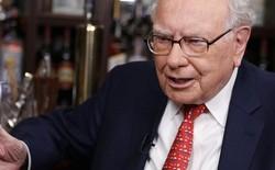 """Bạn sẽ ngạc nhiên khi biết được tỷ phú Warren Buffett đã chọn những gì cho bữa ăn trưa """"được đấu giá hàng triệu đô"""" của mình"""