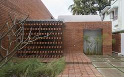 Ngôi nhà gạch ở Ấn Độ được tạp chí kiến trúc Mỹ khen ngợi vì khả năng chống nóng độc đáo
