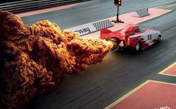 Print Ads xuất sắc của KFC: Miếng gà rán hay khói xe đua & tên lửa thế này?