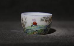 Internet Trung Quốc đang phát sốt vì loại cốc sứ nhà Thanh với hình vẽ hoạt hình của trẻ em Anh