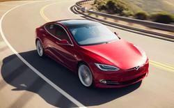 Thót tim trước cảnh xe Tesla Model S suýt gặp tai nạn thảm khốc khi đang trong chế độ Autopilot