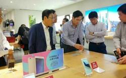 """Chuyến đi của """"thái tử"""" Samsung tới Trung Quốc: Lá cờ trắng, hay cơ hội phản đòn lại người Trung Quốc?"""