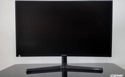 Samsung QLED Monitor CFG73 - đẹp trai thanh lịch nhưng chơi game cực đỉnh