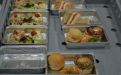 Đọc tâm sự của bếp trưởng trên máy bay để biết đâu là món ăn bạn không nên gọi