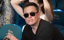 """Hành trình kì diệu của Elon Musk: Từ một cậu bé chuyên bị bắt nạt cho đến """"Iron Man"""" phiên bản đời thực"""