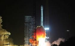 Tên lửa đẩy của Trung Quốc phát nổ và rơi gần một ngôi làng có người sinh sống sau khi phóng vệ tinh