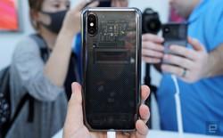 Hình ảnh cận cảnh Xiaomi Mi 8 Explorer, mặt lưng trong suốt hay nhãn dán?