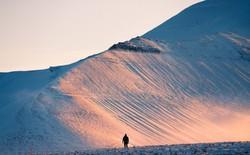 Ở Vùng Bắc Cực: nguyên ngày lúc nào cũng là giờ vàng để chụp ảnh